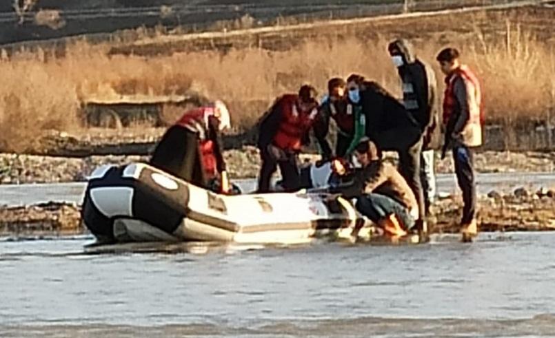 Murat Nehrinde Mahsur Kalan 6 Kişi Kurtarıldı