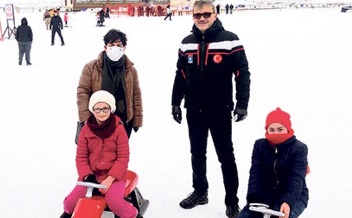 Türkiye'nin En Uzun Kayak Sezonu Hesarek'te