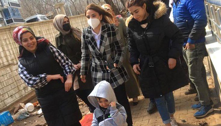 AK Partili Kadınlardan, Selzede Ailelere Ziyaret