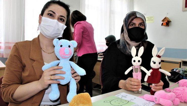 Örgü Bebeklerin Geliri İhtiyaç Sahibi Ailelere