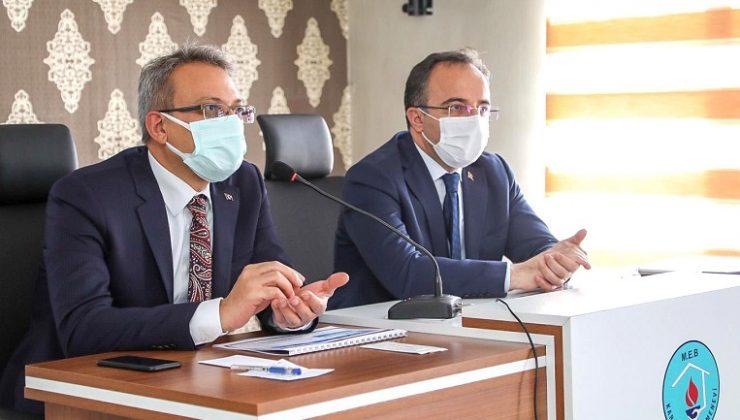 Karlıova'da Deprem Değerlendirme Toplantısı