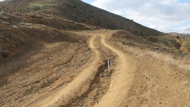 Yol ve Su Sorunlarına Çözüm Bekliyorlar