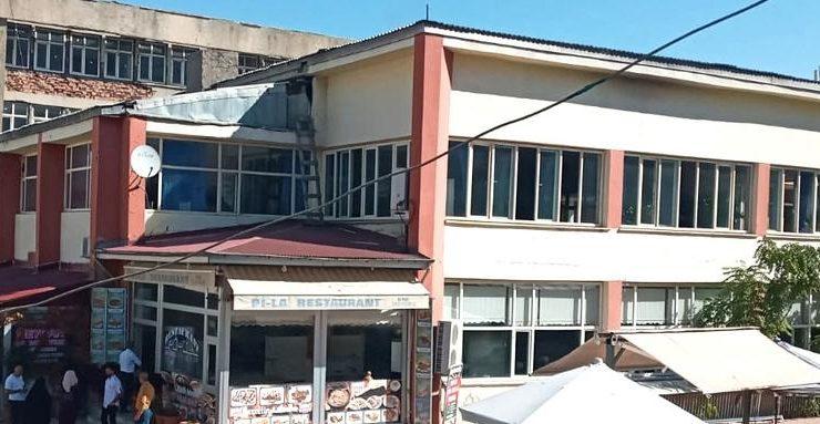 Belediye İşhanı Esnaflara Satıldı