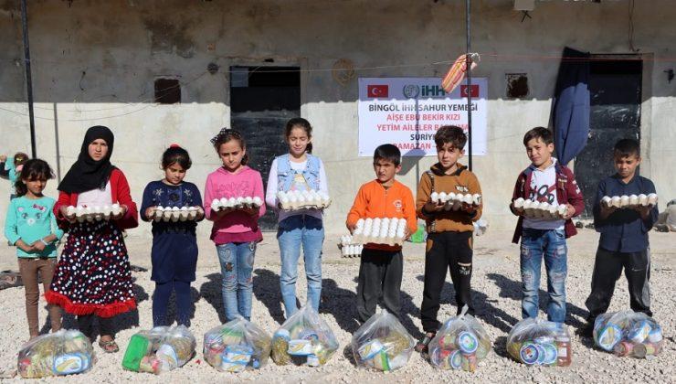 Bingöl İHH Suriye'de Sahurluk Dağıttı