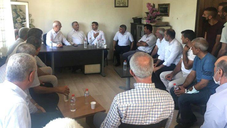 AK Parti Heyeti Muhtarları Dinledi
