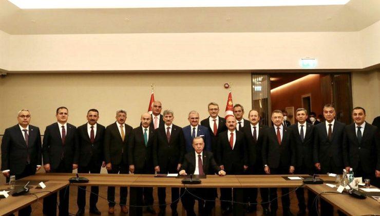 Vali Ekinci, 'Bölge Valileri Toplantısı'na Katıldı