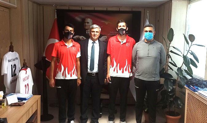Dünya Üçüncüsü Sporcumuz, İl Müdürünü Ziyaret Etti