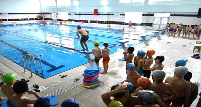 'Yüzme Bilmeyen Kalmasın' Projesi 3. Etap Başvuruları Başladı
