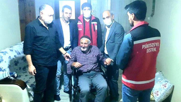 Engelli Vatandaşa Tekerlekli Sandalye Hediye Edildi